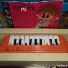 Juguetes antiguos: FLAUTA PIANO INFANTIL.DO RE MI .GUERRINI AÑOS 70.EN SU CAJA + CUADERNILLO MUSICAL.. Lote 84533756
