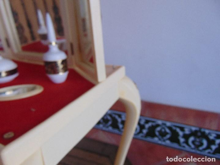 Juguetes antiguos: JUGUETE PARA NIÑA TOILETTE DE MARY PERY DESMONTABLE CON PUFF Y ACCESORIOS - Foto 12 - 89032156