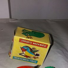 Juguetes antiguos: JUGUETE MECANICO GEYPER PAJARO. Lote 97985614