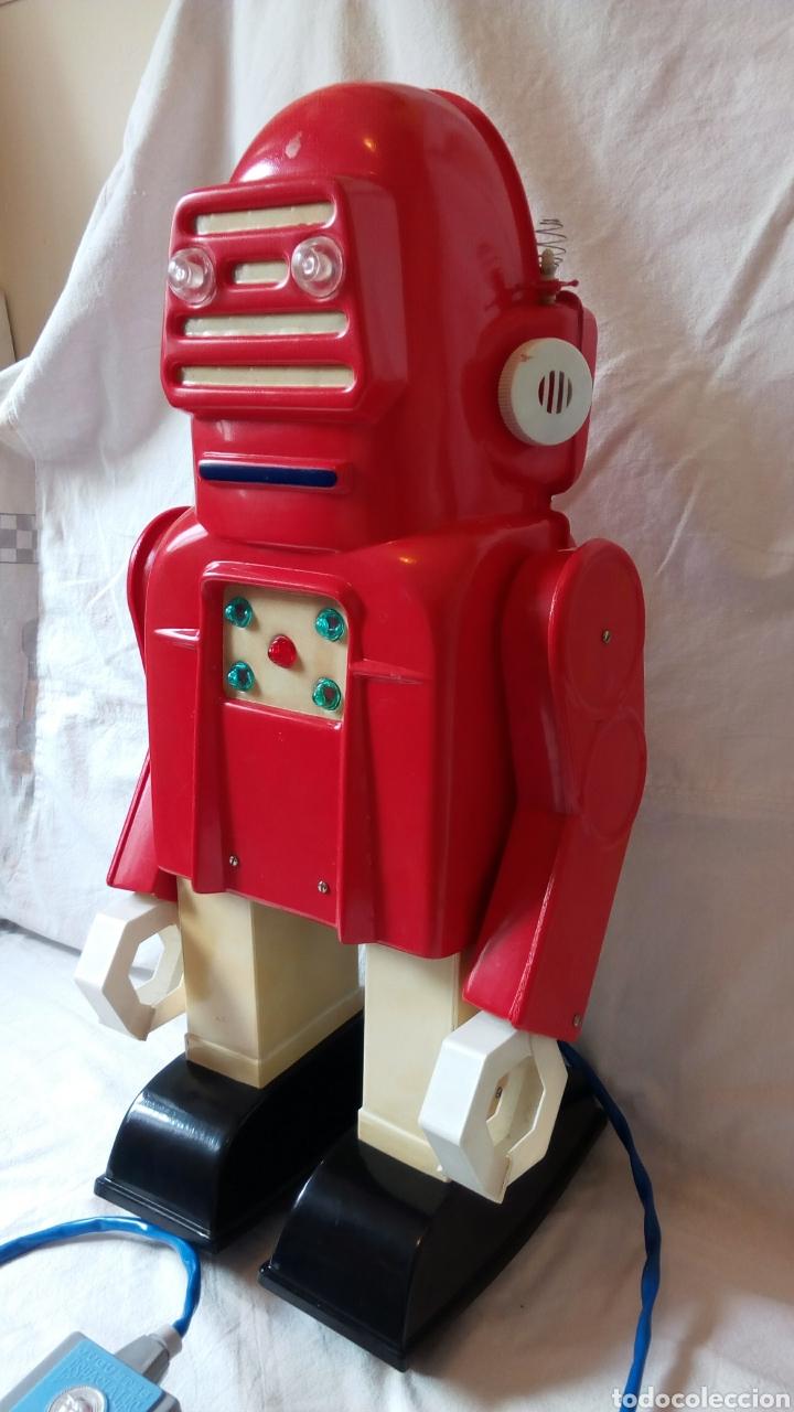 Juguetes antiguos: Robotino. Jefe. Juguetes Espaciales. Industrias Saludes. Valencia. - Foto 3 - 100289594