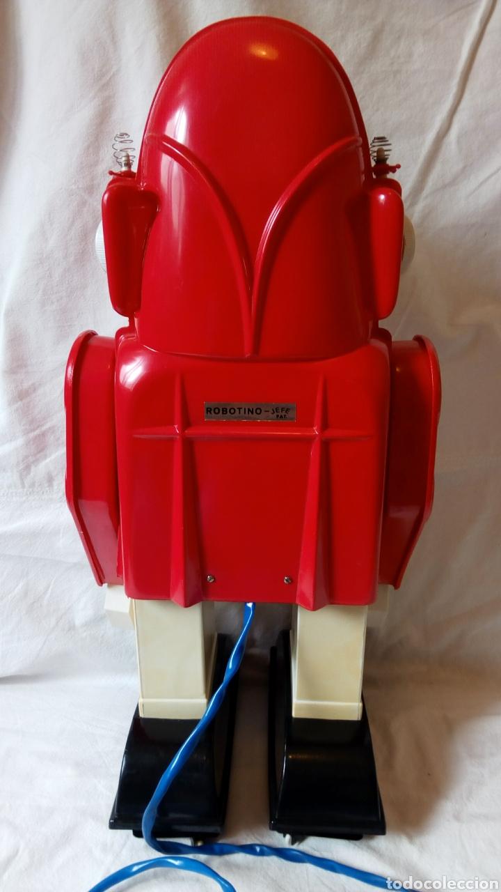 Juguetes antiguos: Robotino. Jefe. Juguetes Espaciales. Industrias Saludes. Valencia. - Foto 5 - 100289594