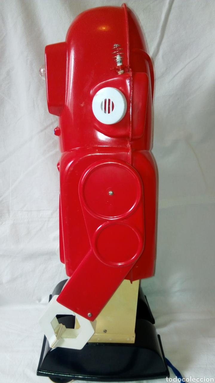 Juguetes antiguos: Robotino. Jefe. Juguetes Espaciales. Industrias Saludes. Valencia. - Foto 7 - 100289594