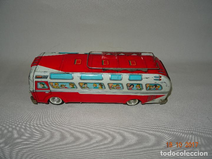 Juguetes antiguos: Antiguo Autobus en Chapa Litografiada de Juguetes EGE Luis Esteve y Cia. SRC de Ibi - Foto 8 - 101025251