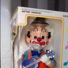 Juguetes antiguos: PAYASO MUSICAL ORQUESTA BILLY CLOWN AÑO 1992 DE JUGUETES BOTOY . Lote 101148555