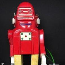 Juguetes antiguos: ROBOT ROBOTINO MARCA JEFE. Lote 99558303