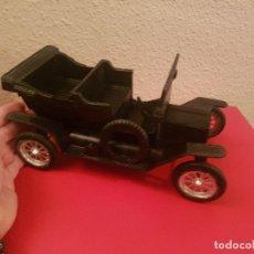Juguetes antiguos: ANTIGUO GRAN 26*12*13 CM COCHE AUTOMOVIL AUTO FORD T 1910 NACORAL PLASTICO REF 365. Lote 102548555