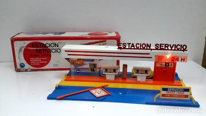 ESTACION DE SERVICIO RIMA AÑO 1973-DE ALMACEN-FUNCIONA CORRECTAMENTE (Juguetes - Marcas Clasicas - Otras Marcas)