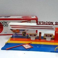 Juguetes antiguos: ESTACION DE SERVICIO RIMA AÑO 1973-DE ALMACEN-FUNCIONA CORRECTAMENTE. Lote 103093375