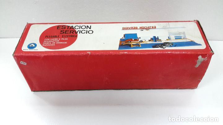 Juguetes antiguos: ESTACION DE SERVICIO RIMA AÑO 1973-DE ALMACEN-FUNCIONA CORRECTAMENTE - Foto 2 - 103093375