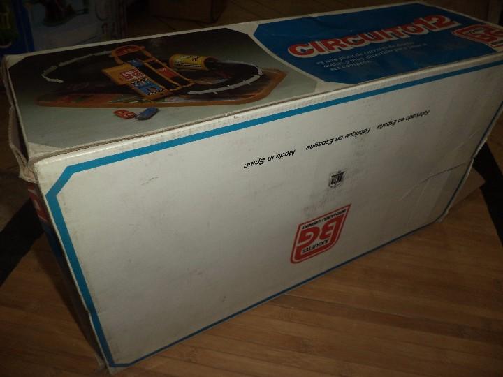 Juguetes antiguos: Circuito 12 de Bernabeu y Gispert.Circuito de coches años 70.Ref.610 Made in Spain. - Foto 6 - 105240143
