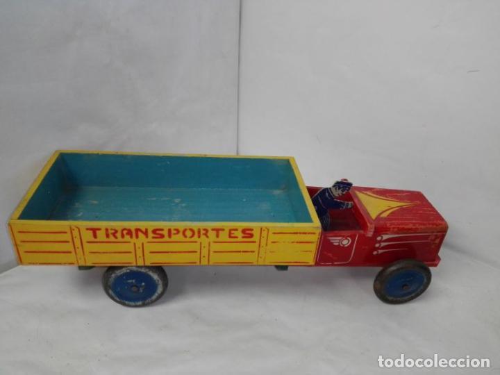 Juguetes antiguos: Camion de madera de Denia, con conductor, tamaño grande 42 cms. Buen estado. Años 40/50 - Foto 4 - 107111979