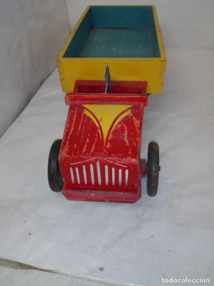 Juguetes antiguos: Camion de madera de Denia, con conductor, tamaño grande 42 cms. Buen estado. Años 40/50 - Foto 6 - 107111979