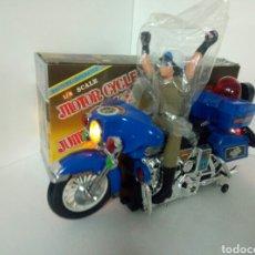 Juguetes antiguos: MOTOR CICLE POLICE JUMBO CYCLE GRAN ESCALA. Lote 107571184
