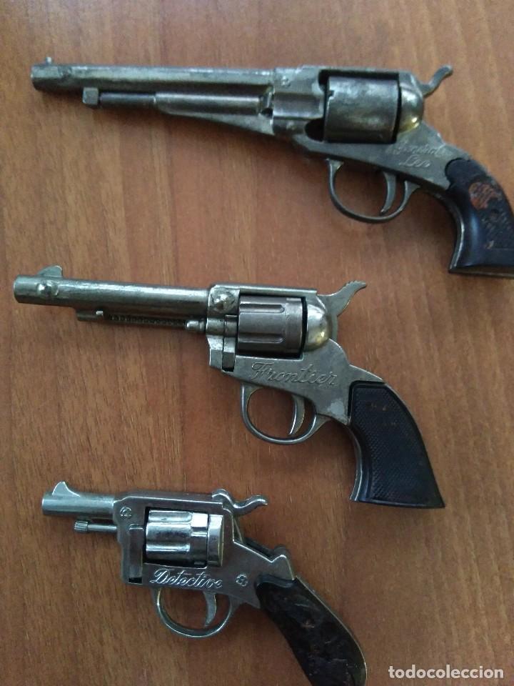 Juguetes antiguos: Lote de antiguas pistolas detonadoras de juguete de la marca redondo - Foto 4 - 108450567