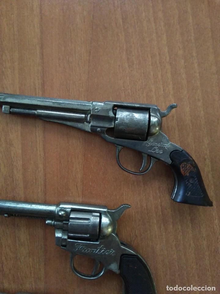 Juguetes antiguos: Lote de antiguas pistolas detonadoras de juguete de la marca redondo - Foto 5 - 108450567
