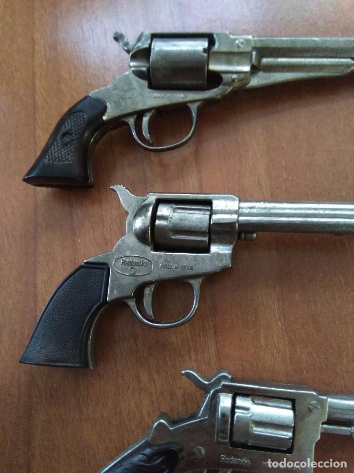 Juguetes antiguos: Lote de antiguas pistolas detonadoras de juguete de la marca redondo - Foto 7 - 108450567