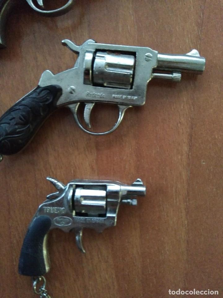 Juguetes antiguos: Lote de antiguas pistolas detonadoras de juguete de la marca redondo - Foto 8 - 108450567