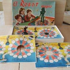 Juguetes antiguos: ROBOT MAGICO. Lote 109307211
