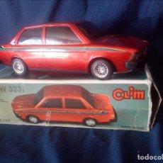 Juguetes antiguos: COCHE SALVA OBSTACULOS.BMW 323I DE CLIM,FABRICADO EN ESPAÑA.FUNCIONA.. Lote 112255943