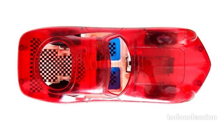 Juguetes antiguos: COCHE TIPO PORSCHE A FRICCION DE PLASTICO LANZA CHISPAS (LANZACHISPAS) DE BERNABEU GISBERT AÑOS 60 - Foto 3 - 114111199