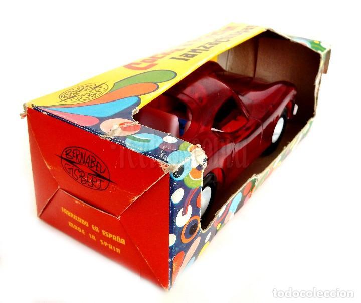Juguetes antiguos: COCHE TIPO PORSCHE A FRICCION DE PLASTICO LANZA CHISPAS (LANZACHISPAS) DE BERNABEU GISBERT AÑOS 60 - Foto 8 - 114111199