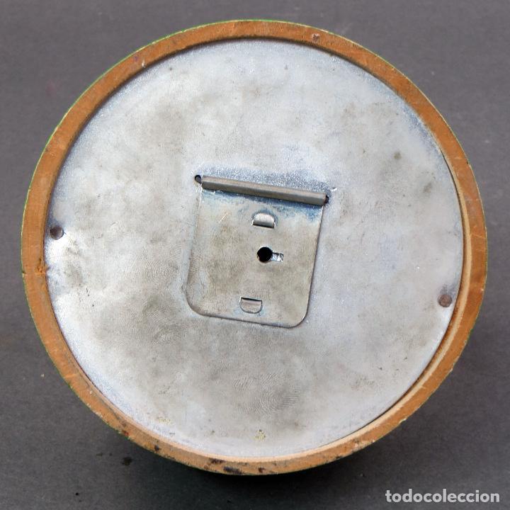 Juguetes antiguos: Hucha madera Vila Soldevila Pato Donal y Daisy años 60 - Foto 4 - 118548219
