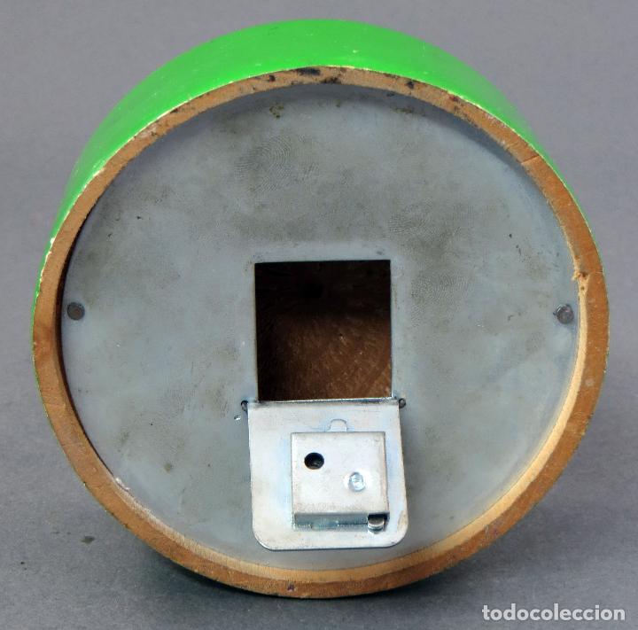 Juguetes antiguos: Hucha madera Vila Soldevila Pato Donal y Daisy años 60 - Foto 5 - 118548219