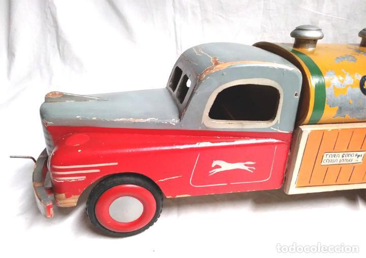 Juguetes antiguos: Camión Campsa Denia años 50 de Juan Forner Font de cuerda, Madera, Cisterna hojalata, completo. - Foto 2 - 118966235