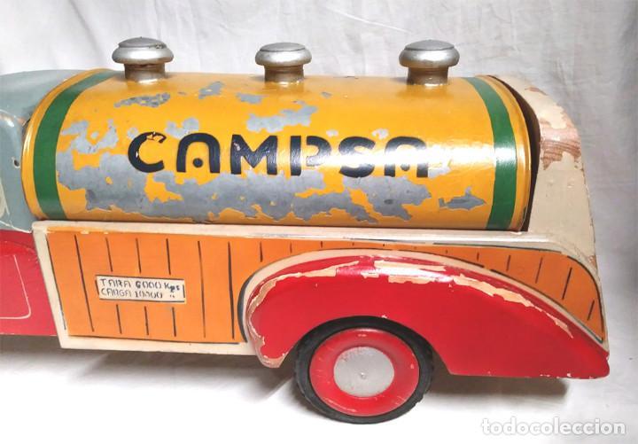 Juguetes antiguos: Camión Campsa Denia años 50 de Juan Forner Font de cuerda, Madera, Cisterna hojalata, completo. - Foto 3 - 118966235