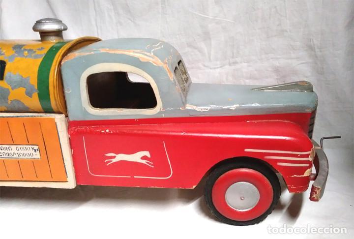 Juguetes antiguos: Camión Campsa Denia años 50 de Juan Forner Font de cuerda, Madera, Cisterna hojalata, completo. - Foto 7 - 118966235
