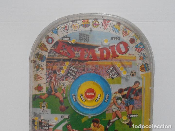 Juguetes antiguos: BILLARIN ESTADIO, MARC PIQUE - Foto 4 - 119898635
