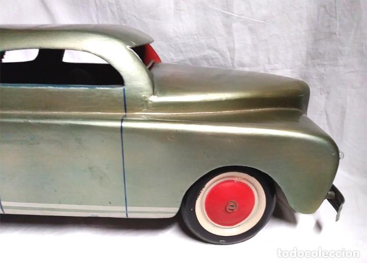 Juguetes antiguos: Sedan modelo grande con luces Juan Forner Font Denia de madera , no jugado resto tienda, años 40 . - Foto 7 - 122842355