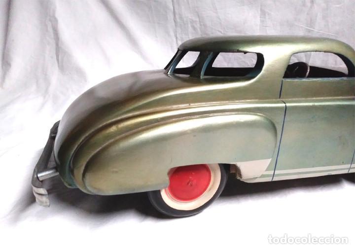 Juguetes antiguos: Sedan modelo grande con luces Juan Forner Font Denia de madera , no jugado resto tienda, años 40 . - Foto 8 - 122842355