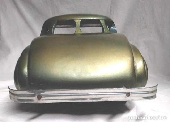 Juguetes antiguos: Sedan modelo grande con luces Juan Forner Font Denia de madera , no jugado resto tienda, años 40 . - Foto 10 - 122842355