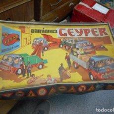 Juguetes antiguos: CAJA CAMIONES GEYPER. Lote 124268283