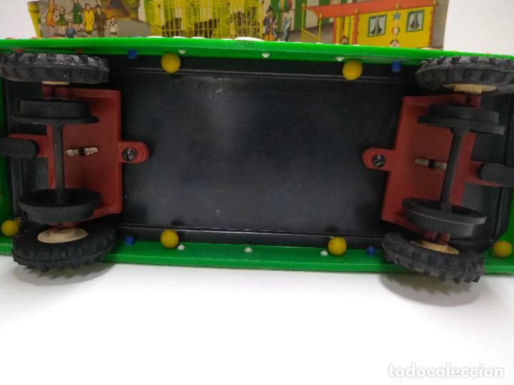 Altes Spielzeug: Convoy coche con dos remolques Circo Airgan - Foto 27 - 126913335