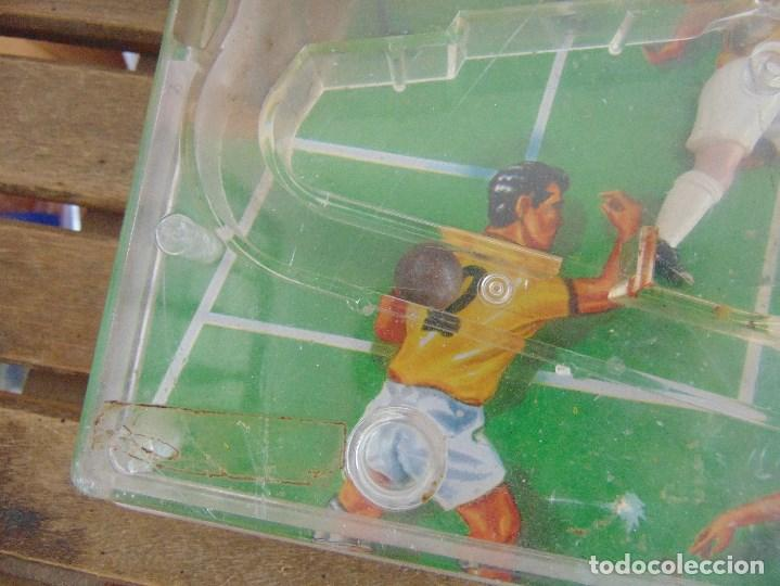 Juguetes antiguos: FUTBOLIN FUTBOL TIPO COPA DE EUROPA DE LA MARCA INOVAC RIMA PARA PIEZAS O RESTAURAR - Foto 2 - 126950239
