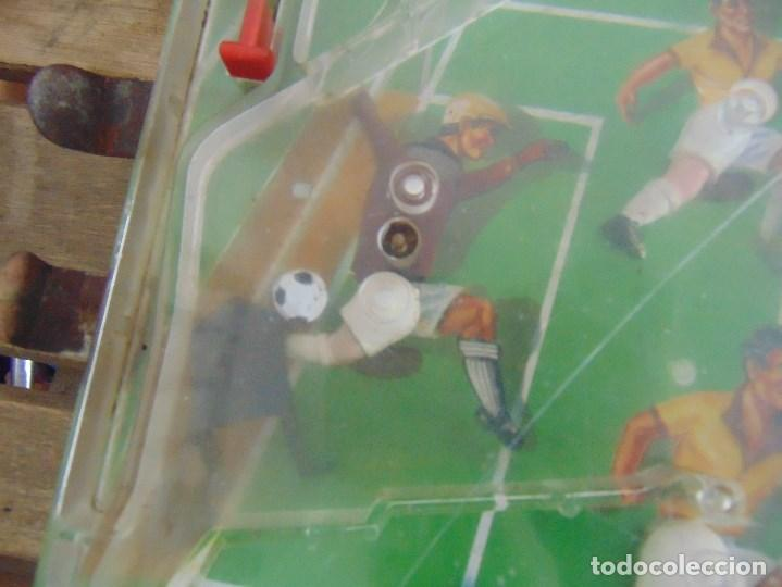 Juguetes antiguos: FUTBOLIN FUTBOL TIPO COPA DE EUROPA DE LA MARCA INOVAC RIMA PARA PIEZAS O RESTAURAR - Foto 3 - 126950239