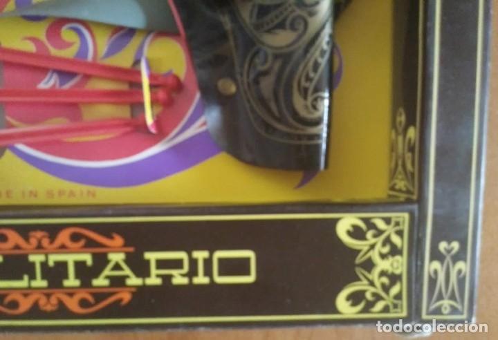 Juguetes antiguos: El vaquero solitario. Caja original. Rifle, revolver con cartuchera y complementos. Gonher Gonzalez - Foto 7 - 128638251