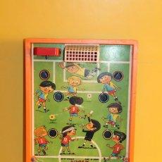Juguetes antiguos: MILLONCETE GRAN FUTBOLCETE - REF:905.F AIRGAM MADE IN SPAIN. Lote 128904831