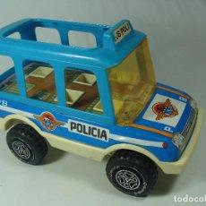 Juguetes antiguos: BUS DE POLICÍA - HECHO EN ESPAÑA POR OBERTOYS. Lote 133728926