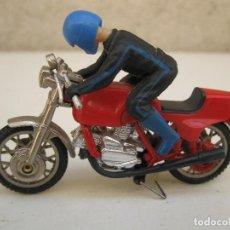Juguetes antiguos: MOTO EN MINIATURA DE METAL DE LA MARCA GUISVAL - AÑOS 70/80.. Lote 134081478