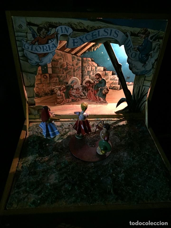 Juguetes antiguos: Antigua caja musical Reig, Nacimiento, belén y reyes magos. Años 40. Ibi, Alicante. Juguete antiguo - Foto 4 - 135950441