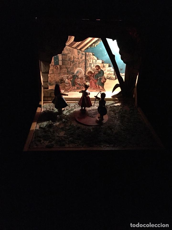 Juguetes antiguos: Antigua caja musical Reig, Nacimiento, belén y reyes magos. Años 40. Ibi, Alicante. Juguete antiguo - Foto 6 - 135950441