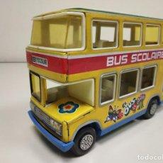 Brinquedos antigos: 1018- BUS SCHOOL BUS OBERTOYS SPAIN 23 X 13 CMS AÑOS AÑOS 70/80 . Lote 137758522