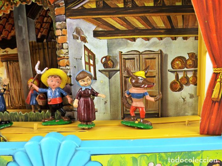 Juguetes antiguos: Airgam Gran teatro + Cuento completo y personajes de Caperucita Roja - Foto 4 - 138290282