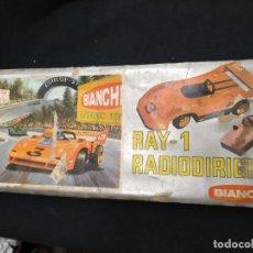 Juguetes antiguos: ANTIGUO COCHE RAY 1 - RADIODIRIGIDO - COLOR NARANJA -. Lote 140407346