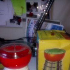 Juguetes antiguos: MOLINILLO DE CAFÉ CLIM EN CAJA ORIGINAL.. Lote 141666494