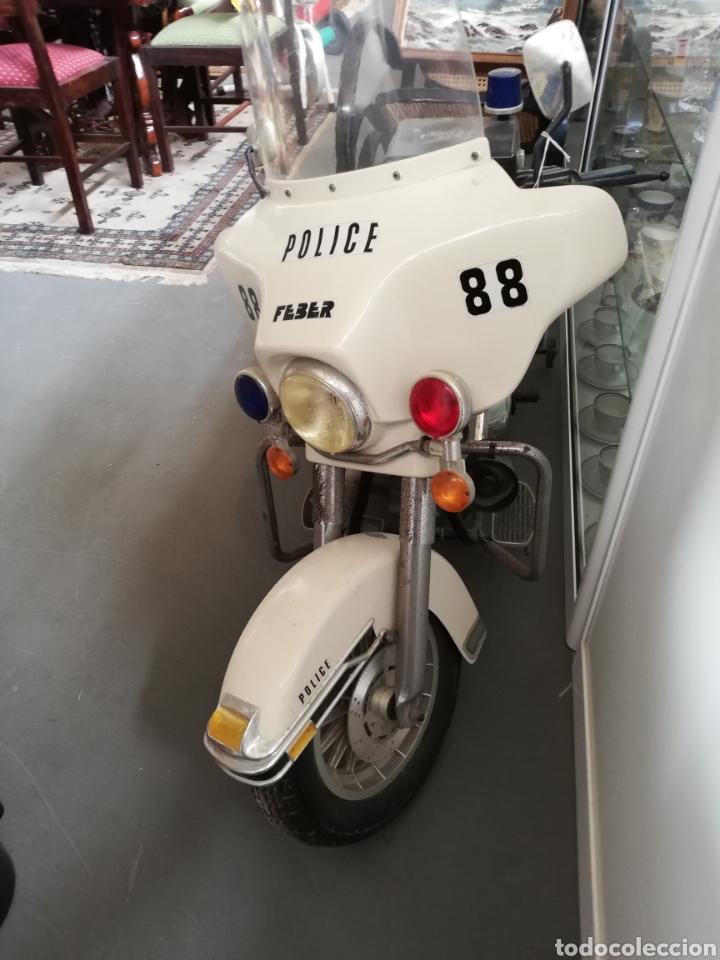Juguetes antiguos: Moto de feber batería años 80 policía modelo Harleys Davison - Foto 3 - 143600057
