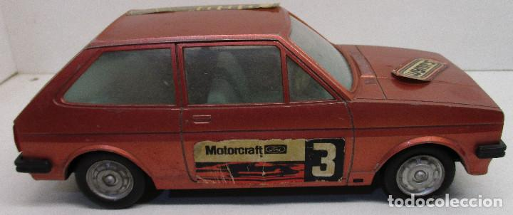 Juguetes antiguos: coche FORD FIESTA, de PLÁSTICOS ALBACETE P.A. , años 70-80, fricción - Foto 3 - 145769914